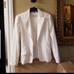 Trina Turk 2 pc.set vest & jacket size 4-6
